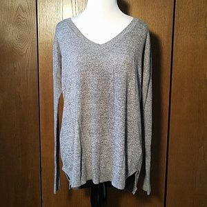 AMERICAN EAGLE GREY SWEATER SZ MEDIUM